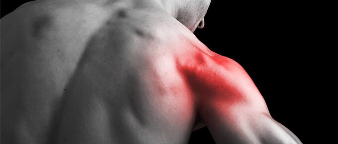 dolor de hombros al entrenar